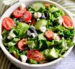 Узнайте, как приготовить греческий салат