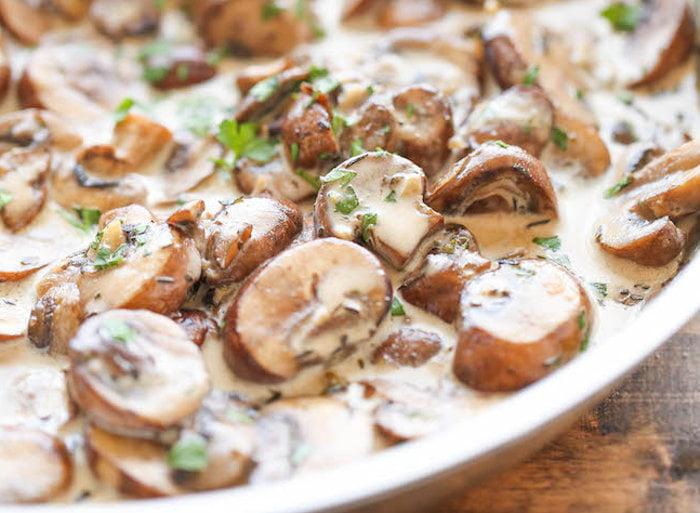 Рыба с грибами запеченные в сливках
