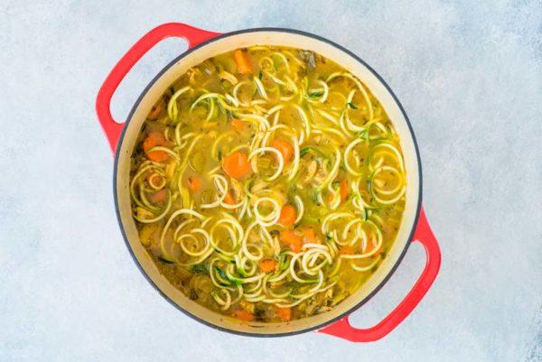 Домашний суп с куркумой и цукини (3)